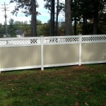 Two-tone lattice-topped fence